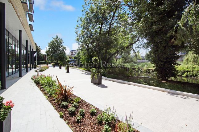 Thumbnail 1 bed flat for sale in Langley Square, Dartford