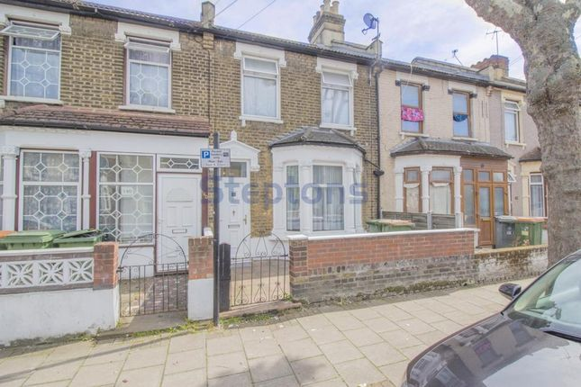 4 bed terraced house for sale in Strone Road, Manor Park