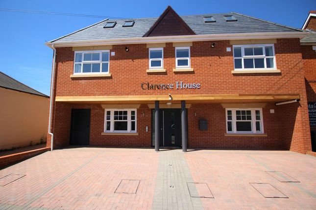 Thumbnail Flat for sale in 2 Clarence Road, Fleet