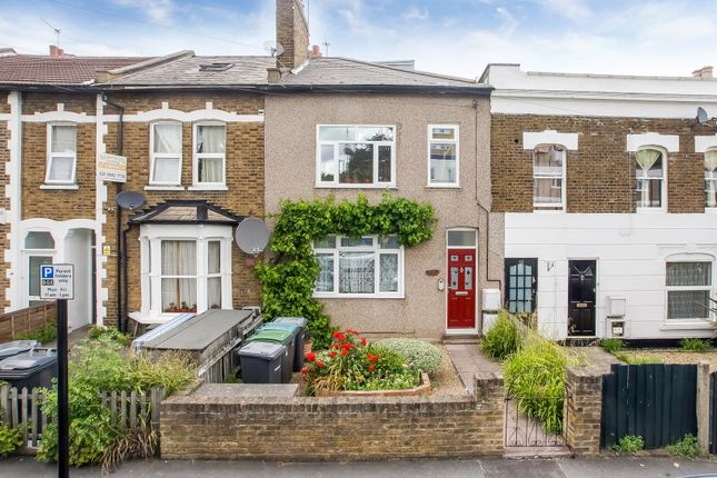 Thumbnail Flat for sale in Nightingale Road, Bounds Green