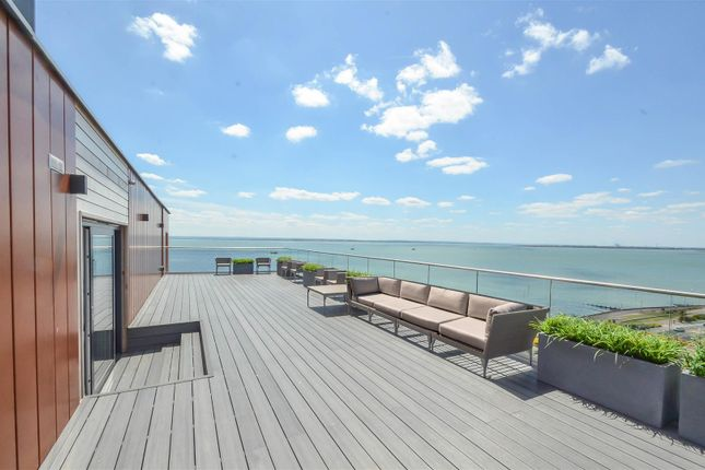Thumbnail Flat for sale in The Shore, The Leas, Chalkwell
