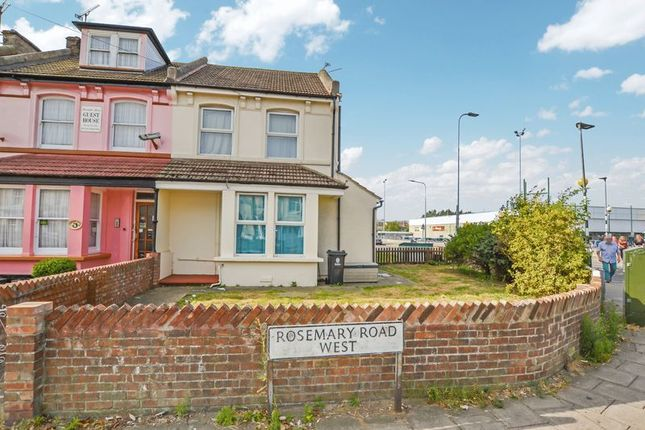 Thumbnail Terraced house for sale in Gladeview, Rosemary Road West, Clacton-On-Sea