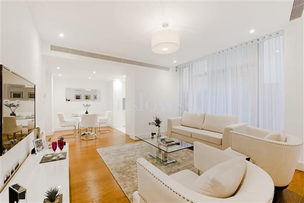 Thumbnail Flat for sale in The Knightsbridge, 199 Knightsbridge, London