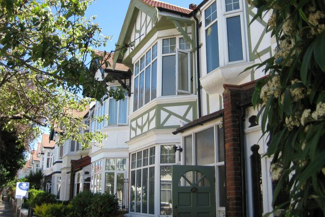 Thumbnail Flat to rent in Fordhook Avenue, Ealing Common, London
