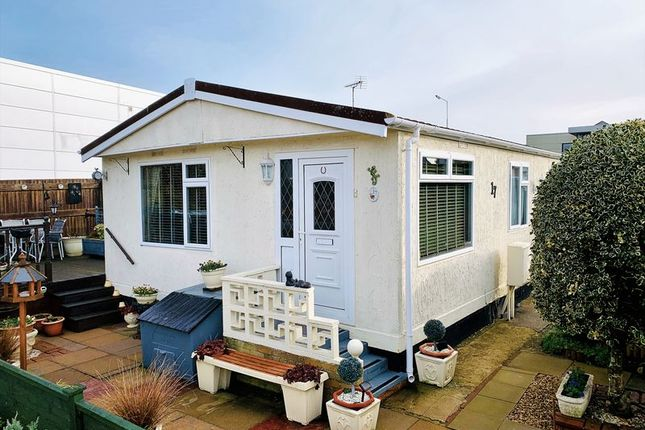 Thumbnail Mobile/park home for sale in Taunton Vale Park, Bathpool, Taunton