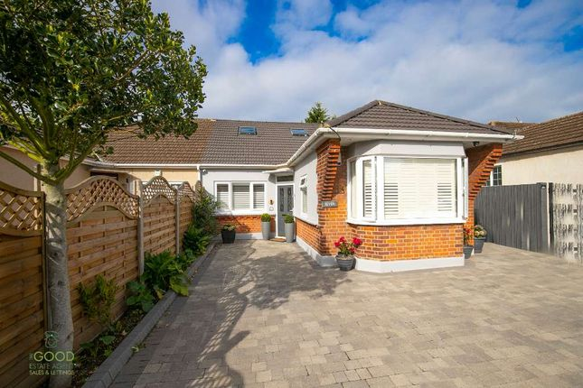 Thumbnail Bungalow for sale in Pick Hill, Waltham Abbey
