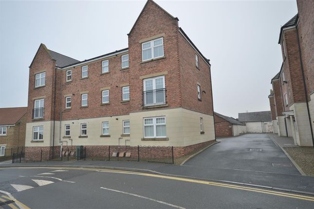 2 bed flat to rent in The Beeches, Stanley DH9