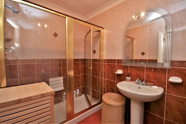 Shower Room of Salcombe Court, Salcombe Hill Road, Sidmouth, Devon EX10