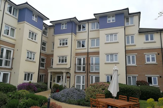 Thumbnail Flat to rent in Alverstone Road, Portsmouth