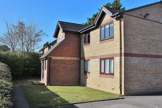 Thumbnail Flat for sale in Shortlands Close, Belvedere, Kent
