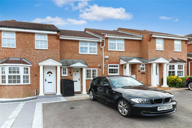 Thumbnail Terraced house for sale in Arundel Road, Abbots Langley