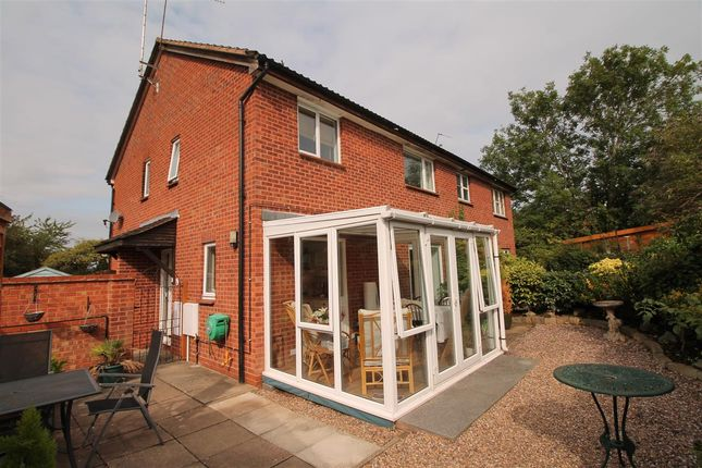 Thumbnail Property for sale in Devonish Close, Alcester, Alcester
