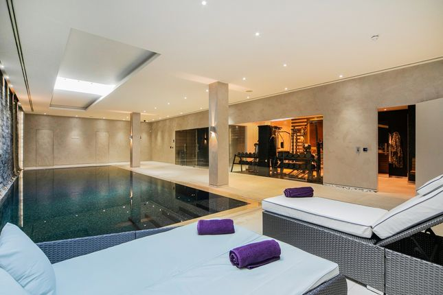 Thumbnail Detached house for sale in Broomhouse Lane, London