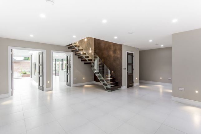 Thumbnail Detached house to rent in Stanmore Hill, Stanmore