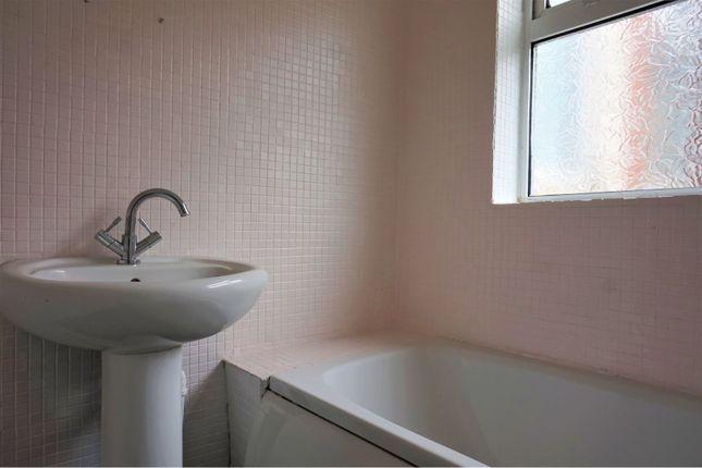 Bathroom of Kings Road, Middlesbrough TS3