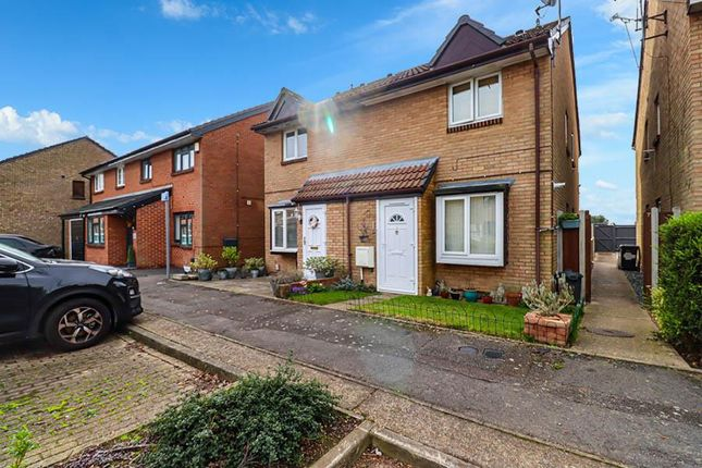 1 bed semi-detached house for sale in Crawford Compton Close, Hornchurch RM12
