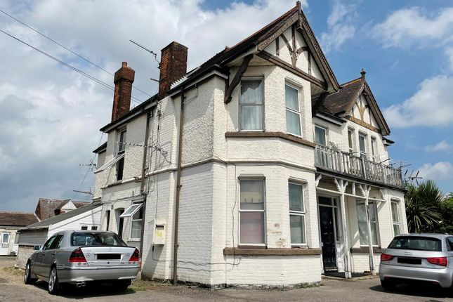 Thumbnail Shared accommodation for sale in 94 London Road, Sittingbourne, Kent