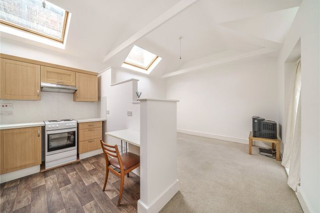 Thumbnail Bungalow for sale in Dulwich Lawn Close, East Dulwich, London