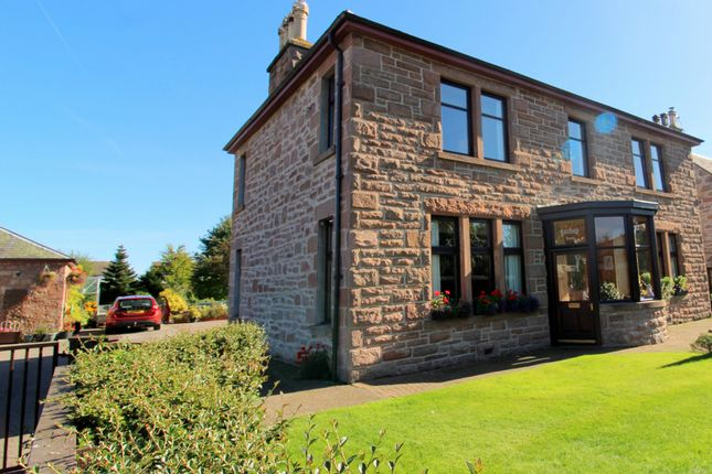 Thumbnail Hotel/guest house for sale in Fairfield House Bed And Breakfast, Craig Road, Dingwall