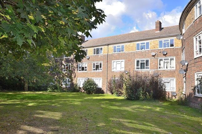 3 bed flat for sale in Great Plumtree, Harlow
