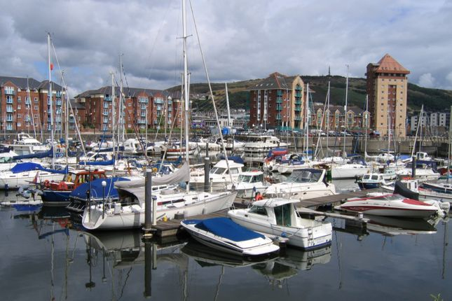 Thumbnail Property to rent in Ferrara Square, Maritime Quarter, Swansea