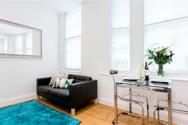 1 bed flat to rent in Wormwood Street, Shoreditch, London EC2M