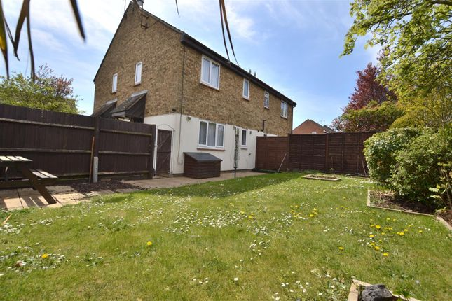 Property for sale in The Pastures, Chells Manor, Stevenage SG2