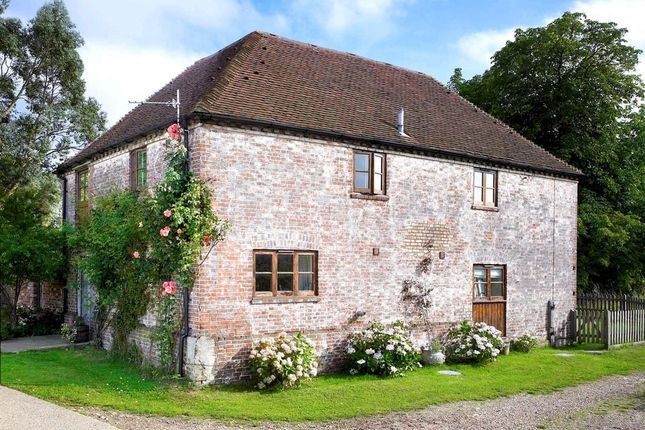 Thumbnail Barn conversion to rent in Horsted Pond Lane, Little Horsted, Uckfield