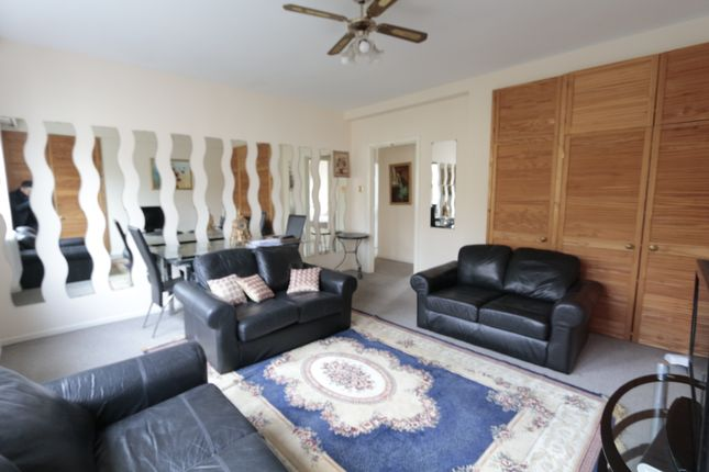 2 bed flat to rent in Hyde Park Square, Paddington, London