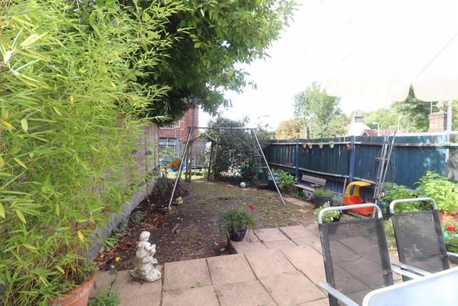 Gardens of Salmons Lane, Whyteleafe, Surrey CR3