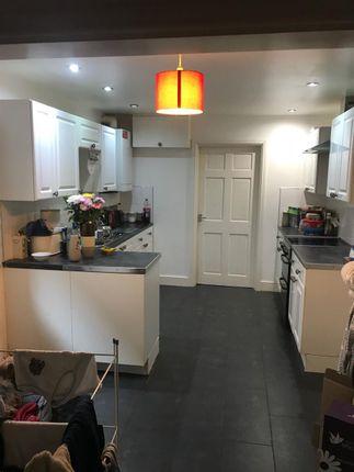 Thumbnail Flat to rent in Ground Floor Flat, 94 Cilfynydd Road, Pontypridd