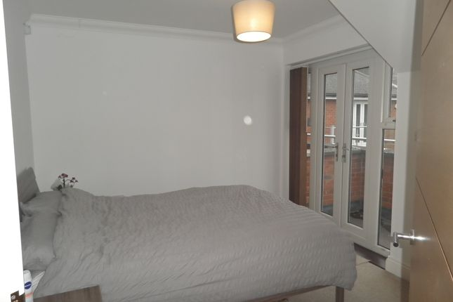 Master Bedroom Of 7 Kingsmead View High Wycombe Buckinghamshire HP11