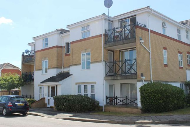 Thumbnail Flat to rent in Princess Alice Way, Thamesmead