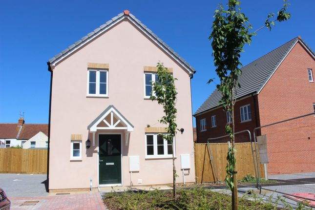 3 bed detached house for sale in Park Road, Yeovil