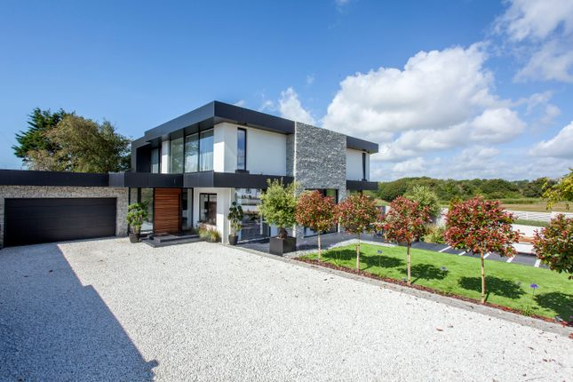 Thumbnail Detached house for sale in Cooden Sea Road, Cooden, Bexhill-On-Sea, East Sussex