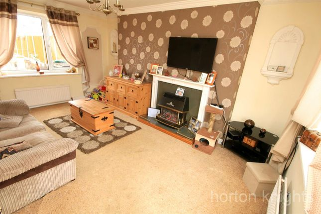 Lounge of Poplar Place, Armthorpe, Doncaster DN3