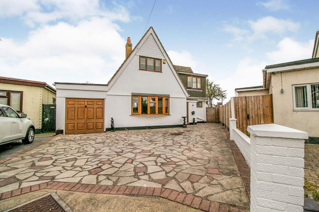 5 bed detached house for sale in Hawkesbury Close, Canvey Island SS8