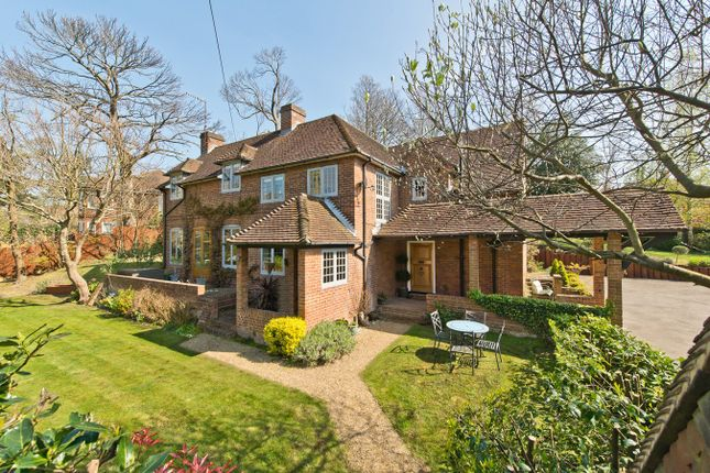 Thumbnail Detached house for sale in Ruxley Crescent, Claygate, Esher