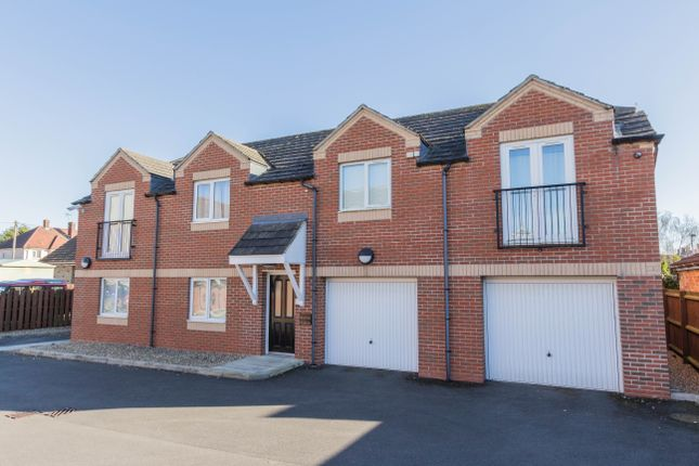 Thumbnail Flat for sale in Cromer Road, Finedon, Wellingborough