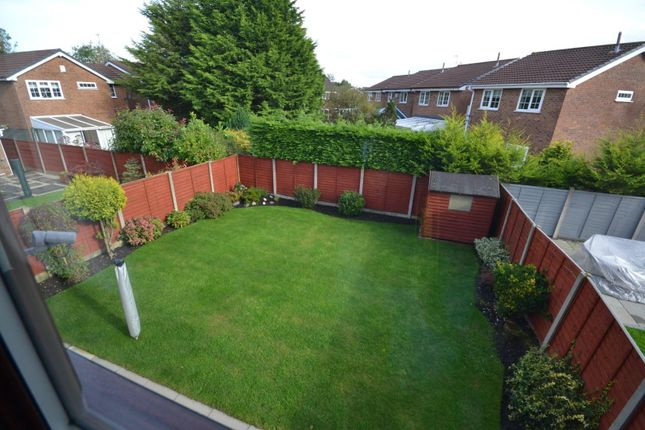 Garden of Vincent Close, Old Hall, Warrington WA5