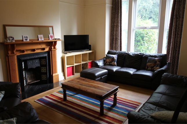 Thumbnail Shared accommodation to rent in Clarendon Road, Leeds