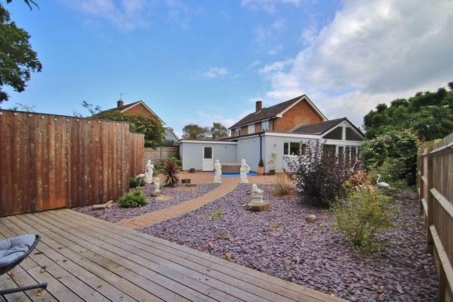 4 bed detached house for sale in Modern Detached House With Annex, Westfield Close, Five Ashes TN20