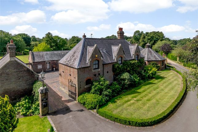 Thumbnail Detached house for sale in Harpenden Road, Childwickbury, St. Albans, Hertfordshire