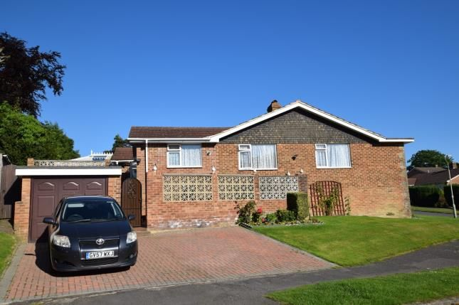 Thumbnail Bungalow for sale in Holly Drive, Heathfield, East Sussex