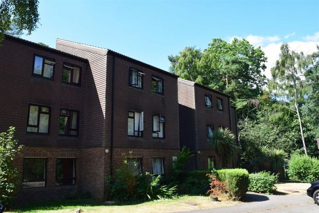 Thumbnail Flat for sale in Dawsmere Close, Camberley, Surrey