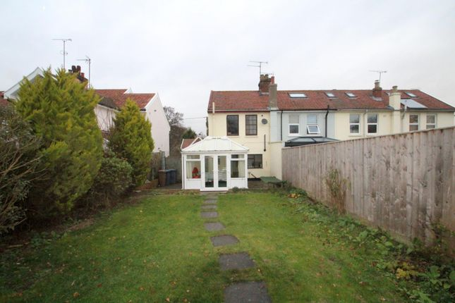 Thumbnail Property to rent in Cliff Road, Waldringfield, Woodbridge
