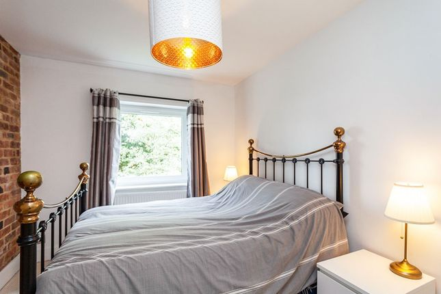 Bedroom 1 of Dunstan Hill House, 9-10 Dunstan Road, Tunbridge Wells, Kent TN4