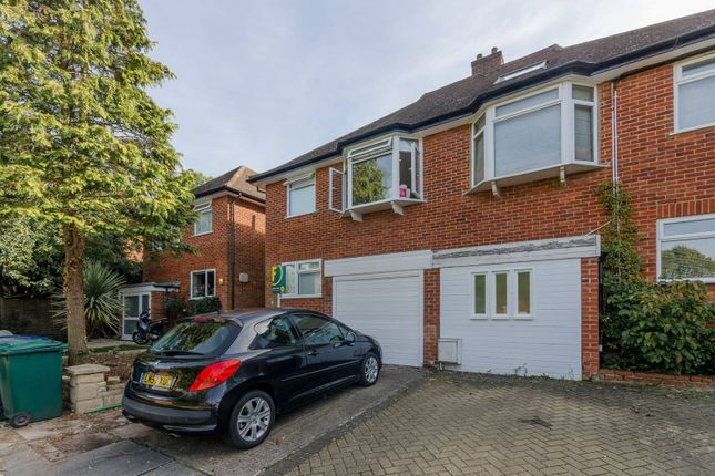 Thumbnail Property for sale in Squirrels Close, Woodside Park
