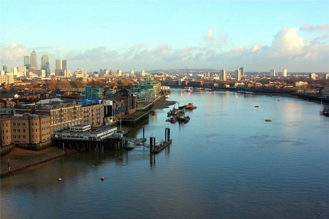 Thumbnail Flat for sale in Liner House, Royal Wharf, 16 Admiralty Avenue, Silvertown, London