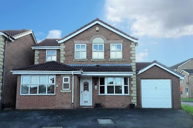 Thumbnail Property for sale in Gooch Close, Madeley, Telford